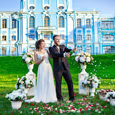 Wedding photographer Anna Zavodchikova (foxphoto). Photo of 27.09.2017
