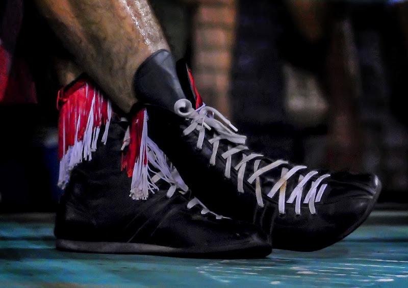 shoes fighter di Samuele Tronchi