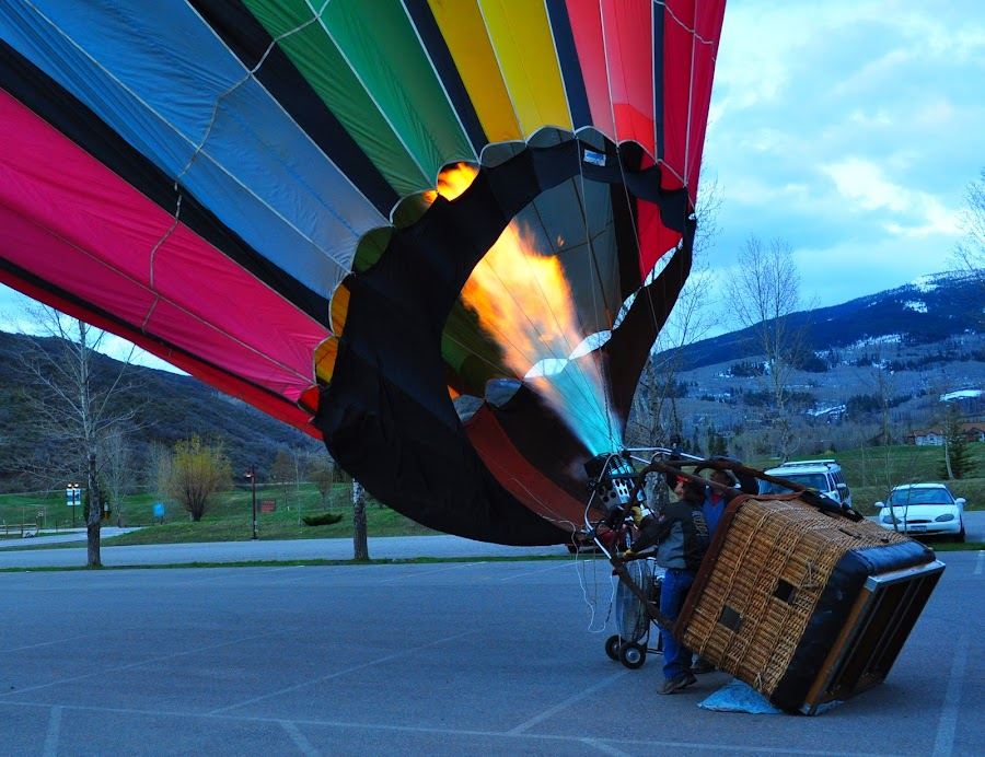 Heating Air by DJ Cockburn - Transportation Other ( gas, hot air, snowmass, propane, car park, colorado, basket, balloon, stripes, flame, aspen,  )