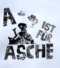 Photo: Clive - Hansel and Gretel - A ist für Asche