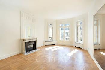 Appartement 3 pièces 124 m2