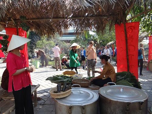 Phong Nha Kẻ Bàng tái hiện chợ Tết xưa 2