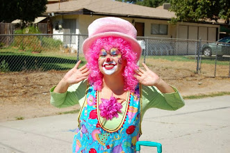 Photo: Bella the Clown San Bernardino www.MemorableEventEntertainment.com Call to book Bella today at 888-750-7024