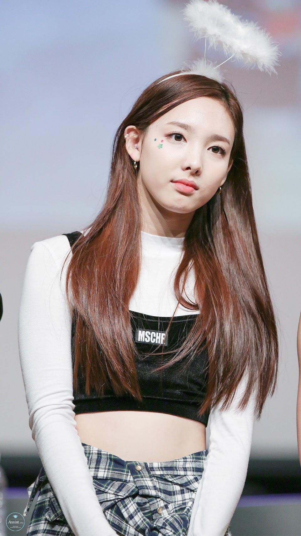 nayeon-twice