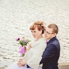 Wedding photographer Ekaterina Lovakova (Katyalova). Photo of 03.10.2016