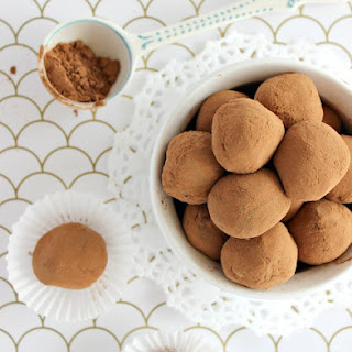 3 Ingredient Chocolate Truffles.