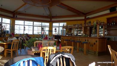 Photo: nach langer suche in seekirchen nach dem wallersee haben wir gefragt und ihn gefunden - mittagessen im italienischen strandrestaurant direkt am wallersee - sehr schönes lokal und gut gespeist haben wir
