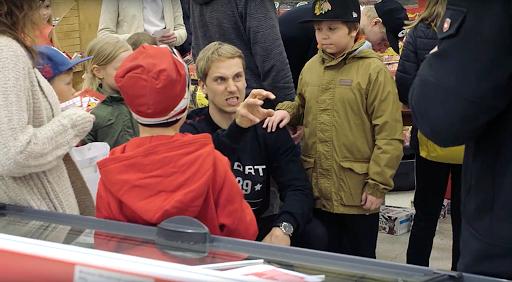 Erik Riskan jutut viime vuoden Meet & Greet -tapahtumassa kiinnostivat lapsia.