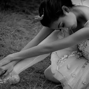 Ballerina.... by Endah Dian - People Musicians & Entertainers