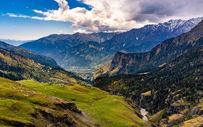 manali-rohtang-pass-solang-valley.jpg