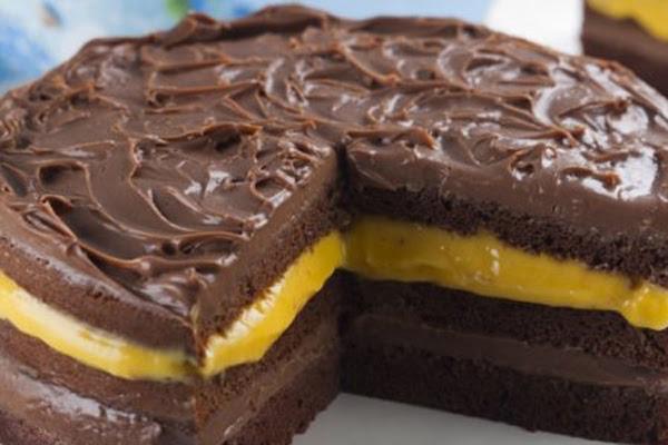 Bolo de Chocolate com Maracujá