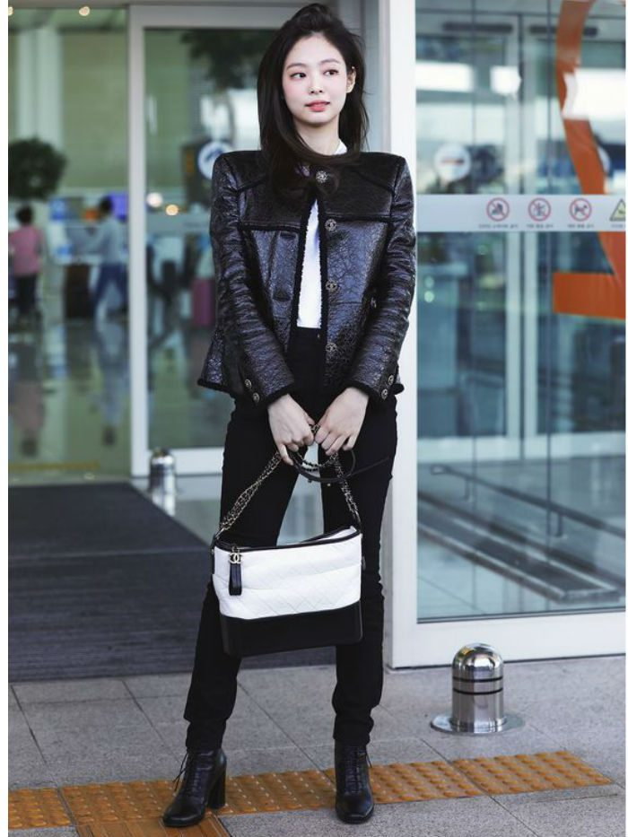 Jennie-Kim-Airport-Fashion-3-700x933
