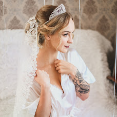 Wedding photographer Ekaterina Elikstratova (kat69). Photo of 01.03.2018