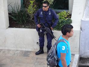 Photo: Správně tvrdej policajt.