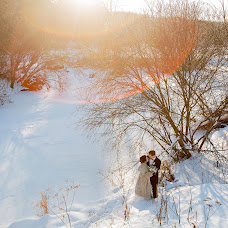 Wedding photographer Marina Yakovleva (Smillow). Photo of 19.01.2018