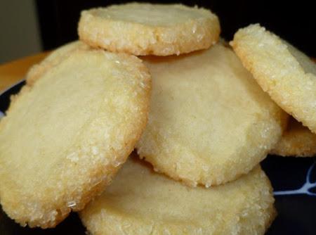 Cream Cheese Meltaways Recipe