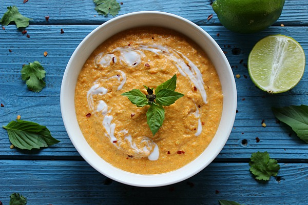 Thai Coconut Carrot Soup