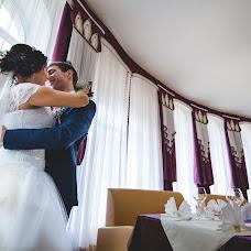 Wedding photographer Elena Mostovykh (Abrikatin). Photo of 14.10.2015