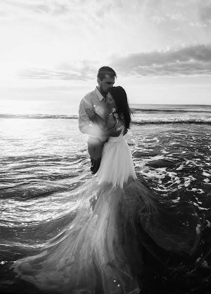 Wedding photographer Volodymyr Harasymiv (VHarasymiv). Photo of 26.10.2017