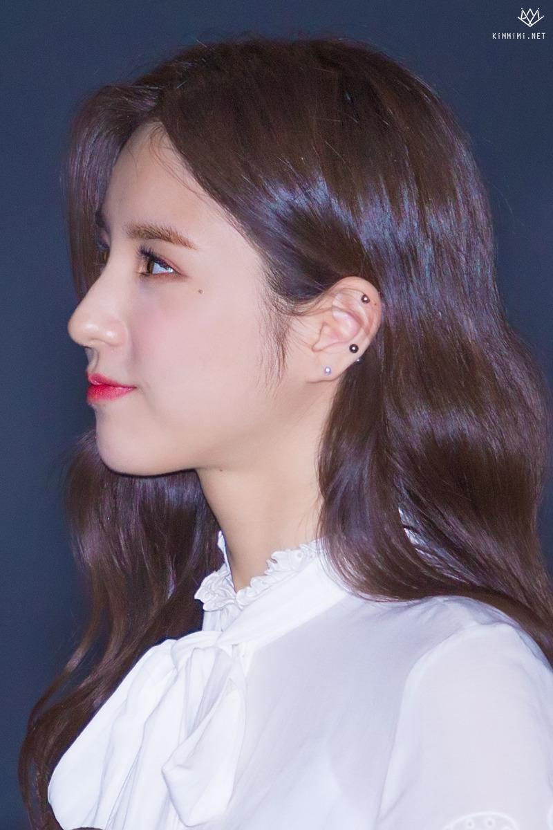 heejin profile 22