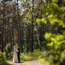 Wedding photographer Anastasiya Karaleva (karaleva90). Photo of 12.10.2014