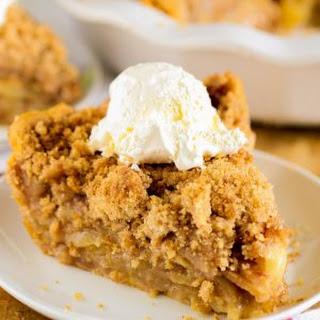 The Best Apple Crumb Pie Ever.