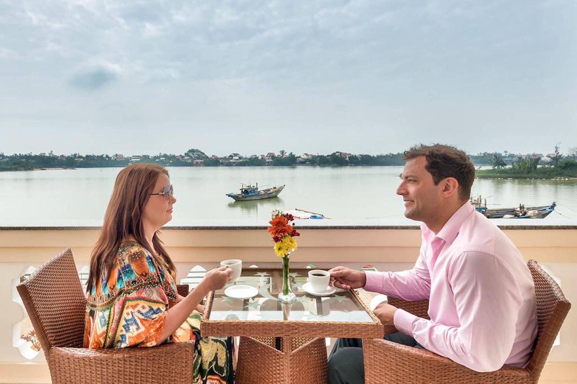 Hoi An Sun Boat Hotel