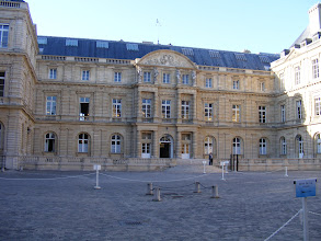 Photo: Entry to the Palace's West Wing is through this main courtyard.