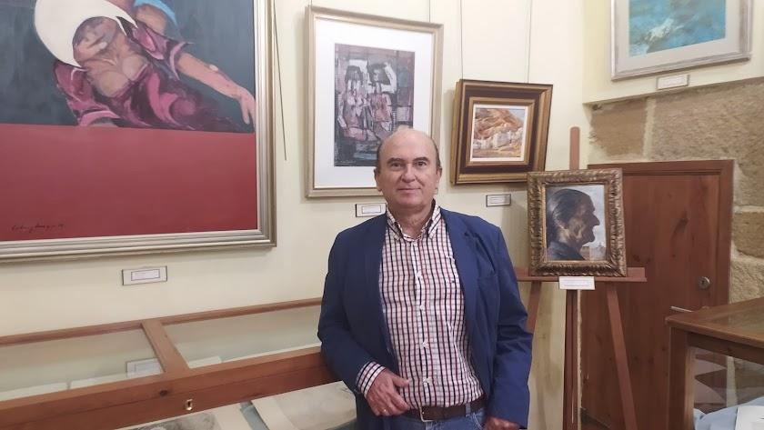 El nuevo director del museo cuevano.