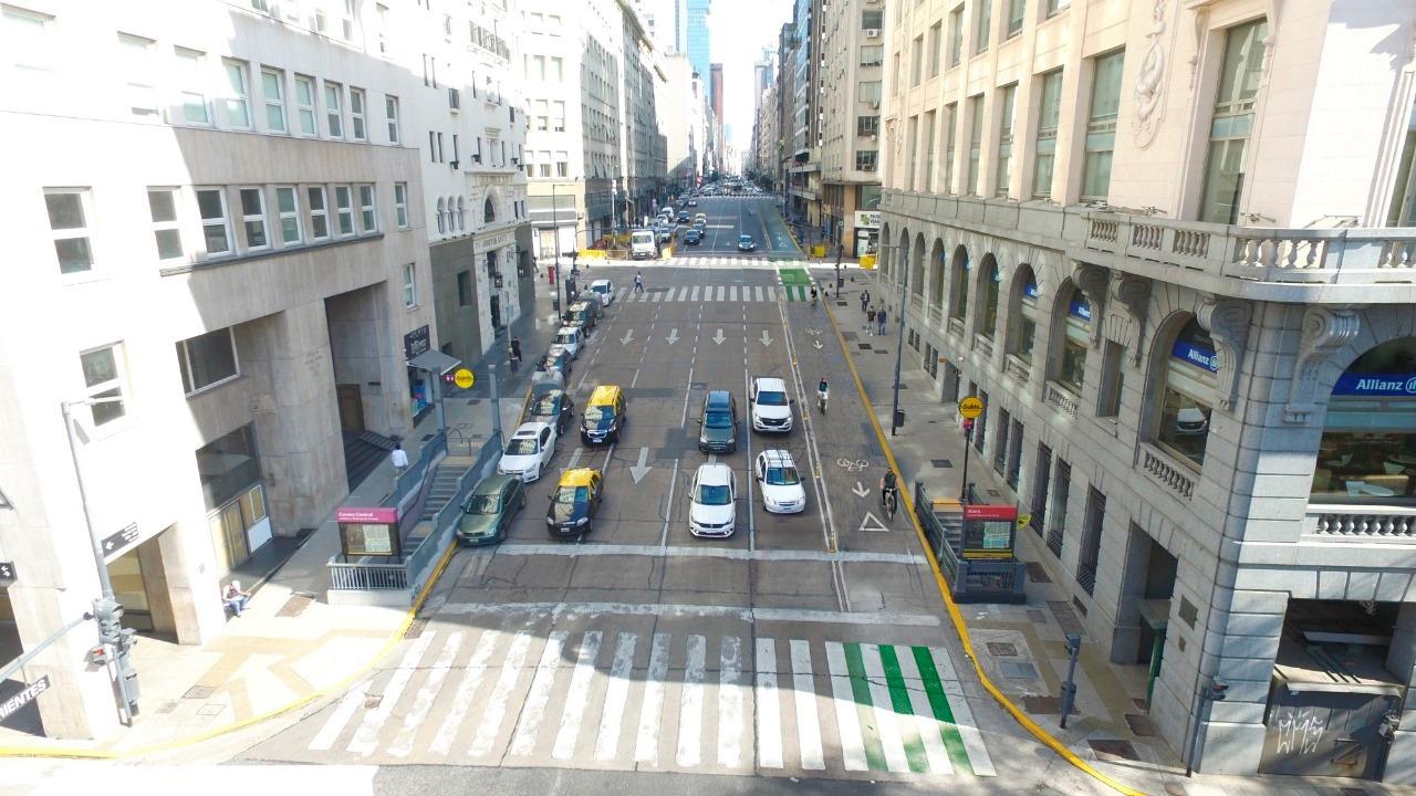 Com ruas vazias durante a pandemia, prefeitura de Buenos Aires decidiu dobrar o número de ciclovias. (Fonte: Prefeitura de Buenos Aires)