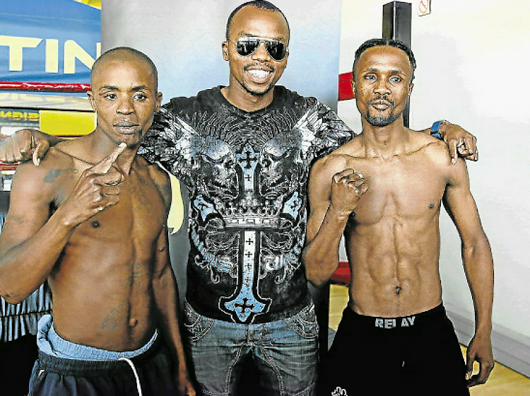 Promoter Macbute Sinyabi says Simpiwe Vetyeka was his guest at the boxing tournament at Mdantsane Indoor Centre lastthis weekend. Sinyabi wants to see more unity in the sport than currently prevails.