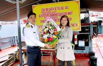 Photo: MN Sơn Ca - Chào mừng Ngày thành lập QĐND 20-12-2010