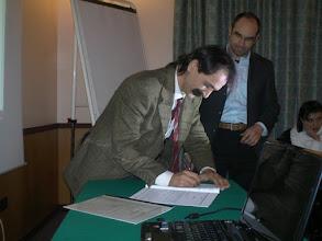 Photo: Firma Atto Costitutivo CCDD Comitato Cittadino Democrazia Diretta (Milano - gennaio 2010)