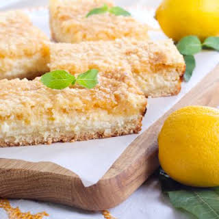 Light Lemon Crumble Bars.