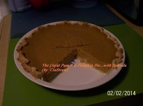 The Great Pumpkin Pumpkin Pie...with Splenda  (photo By  Cinstraw)
