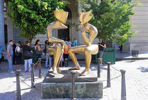 "etienne-statue.jpg - A 2012 artwork, ""Etienne (La Conversacion),"" in Old Havana."