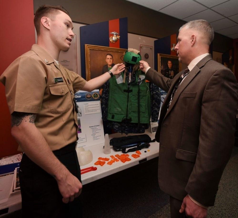Было очень интересно увидеть, как другие команды и военные центры используют аддитивные технологии инновационными способами