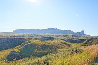 Photo: Approaching Scotts Bluff from the west on the Old Oregon Trail Road.