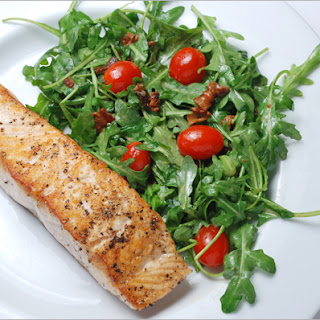 Salmon with Arugula Bacon Salad