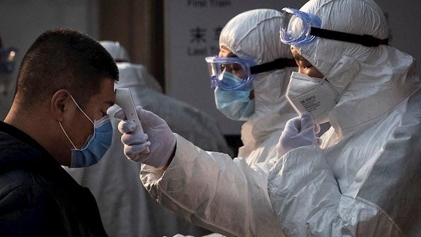 El coronavirus se cobra su primera víctima mortal fuera de las fronteras chinas.