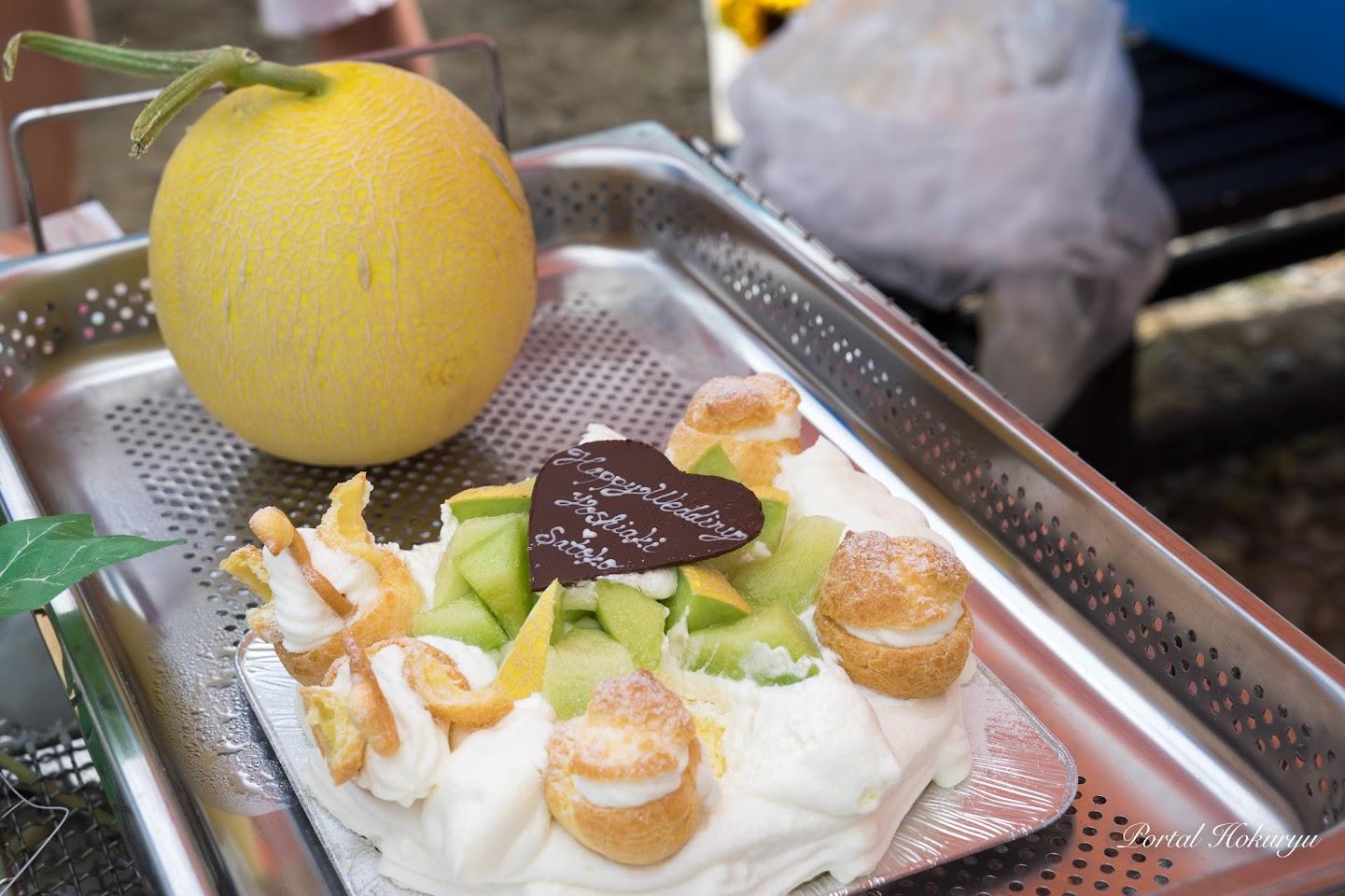 黄美香メロンとケーキ