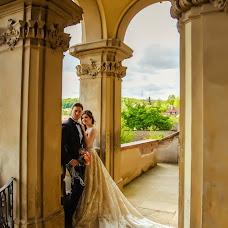 Wedding photographer Alina Od (alineot). Photo of 01.05.2018