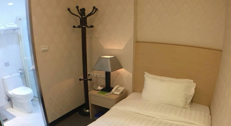 Royal Hotel