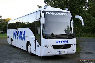 Photo: LYX-513 ved Kongsberg Vandrerhjem, 16.09.2011. Vesman Liikenne Oy, Turku #9.