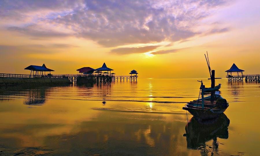 Kenji sunrise ... by JOe Arian - Landscapes Sunsets & Sunrises
