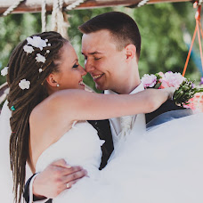 Wedding photographer Darya Chuvaeva (dariachuvaeva). Photo of 17.12.2014
