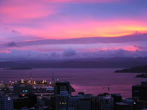 Photo: Wellington sunrise - 5:50am, 30-Sep-04