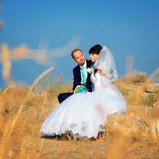Wedding photographer Viktor Rut (Vikk). Photo of 11.11.2014