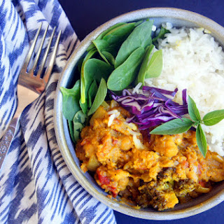 Slow Cooker Pineapple and Mango Coconut Curry