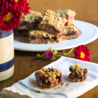Strawberry Oat Crumbles